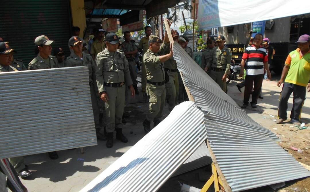 Tim Gabungan Janji Tertibkan PKL Nakal