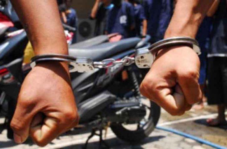 Ahmad Fauzi Diringkus Polisi