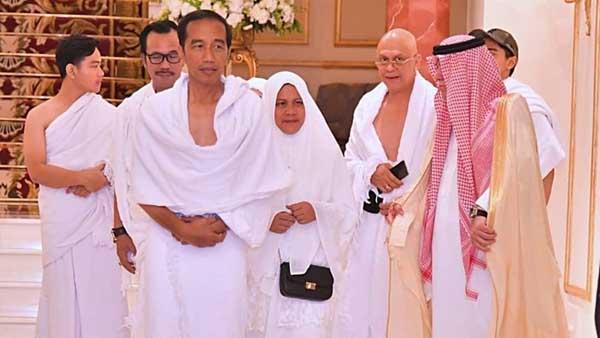Jokowi Umrah Bersama Keluarga Usai Bertemu Raja Salman
