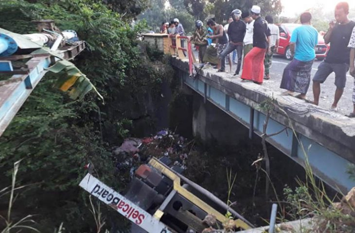 Diduga Ngantuk, Warga Malang Kecelakaan di Pamekasan
