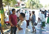 Massa Aksi di Pamekasan Bergerak Menuju Mapolres Sambil Takbir