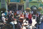 Tuntut Keadilan Pilpres 2019, Puluhan Massa Kumpul di Masjid As Syuhada Pamekasan