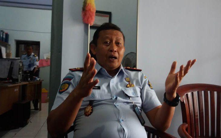 Rutan Klas II B Bangkalan Terapkan Izin Besuk Tahanan, Pengunjung: Harus Bolak-balik