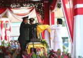 Prosesi Penurunan Bendera Sukses, Bupati Slamet Junaidi Tambah Semangat Bangun Sampang