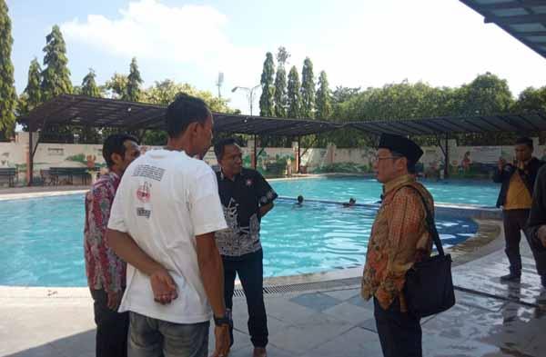 Pengelolaan Kolam Renang di Bangkalan Jadi Rebutan Dua Dinas
