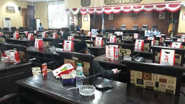 "Jelang Purna Tugas, Anggota DPRD Sumenep Kian ""Malas"" Hadiri Sidang Paripurna"