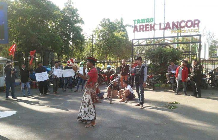 Jelang HUT Ke-74 RI, Puluhan Massa GMNI Pamekasan Kecam Aksi Mahasiswa Papua Merdeka