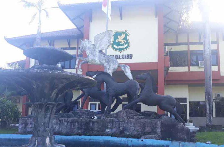 Pimpinan DPRD Sumenep Ogah Komentari Hak Interpelasi Perbup Pilkades