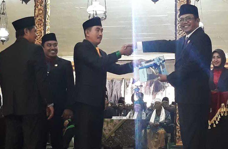 Politisi Senior Jabat Ketua DPRD Sumenep Sementara