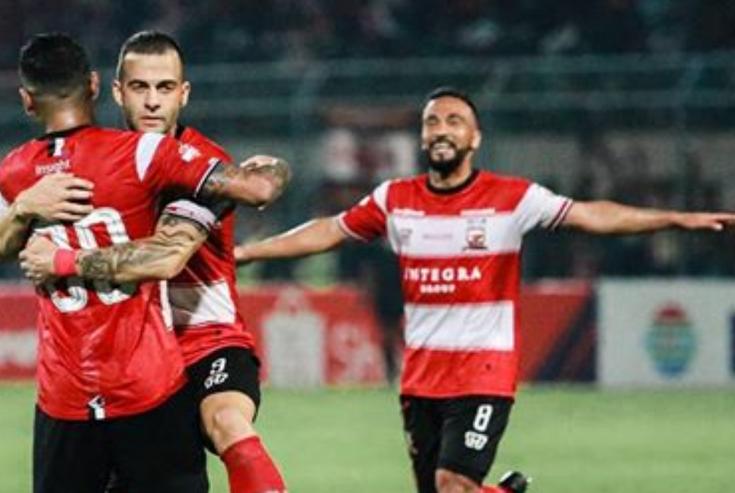 Gol Beto dan Rakic Gantian Menangkan Madura United atas Persela Lamongan