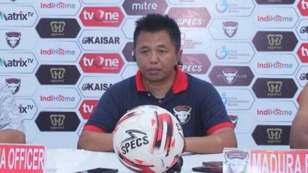 """Agus Yuwono belum """"Bersahabat"""" dengan Kandang Madura FC"""