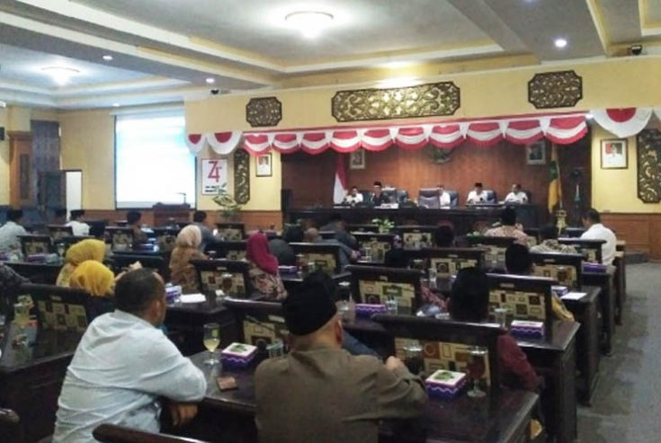 Fraksi PKB-PPP Gagal Nakhodai Pansus Tatib Dewan