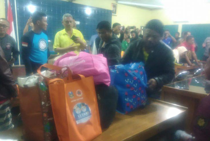Buntut Kerusuhan di Wamena Papua, Puluhan Warga Sampang Pulang Kampung
