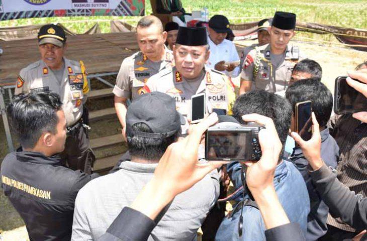Kapolda Jatim Pantau Pelaksanaan Pilkades Serentak di Pamekasan