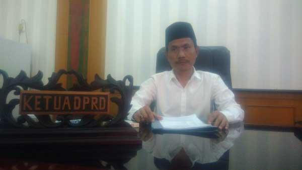 Alat Kelengkapan Dewan di DPRD Sampang Belum Terbentuk