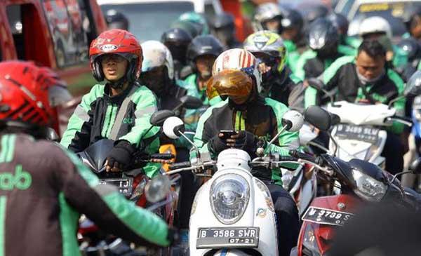 Tarif Baru Ojol Berlaku Hari Ini di Seluruh Indonesia