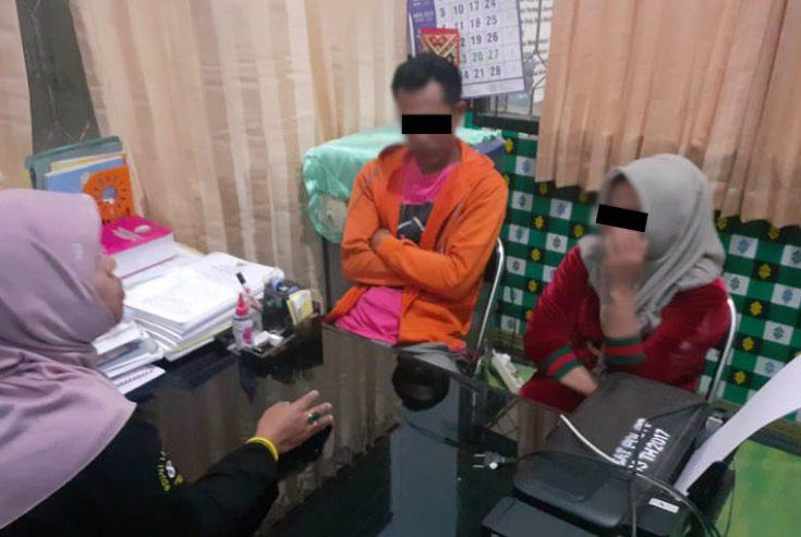 Razia Indekos, Satpol PP Sampang Temukan Dua Pasangan Muda-mudi dalam Kamar