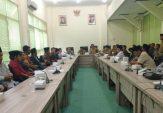 Puluhan Masyarakat Desak Pj Kades Lesong Daya Dipecat, Ini Respons Wakil Bupati Pamekasan
