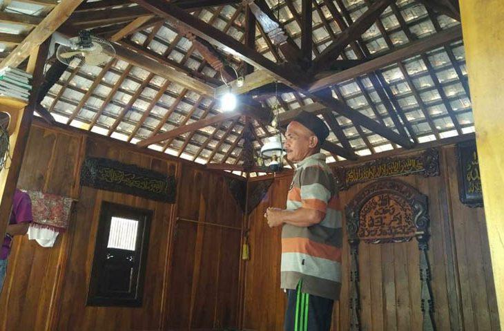Setiap Rumah Warga Di Kampung Tenjui Ada Musala Dari Kayu Berpotensi Jadi Wisata Baru Koran Madura