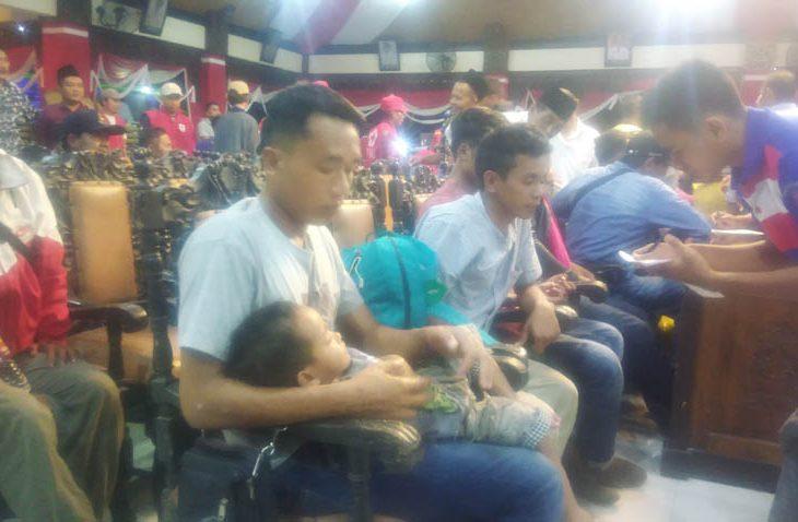 30 Warga Sampang yang Sempat Tertahan di Timika Tiba di Kampung Halaman