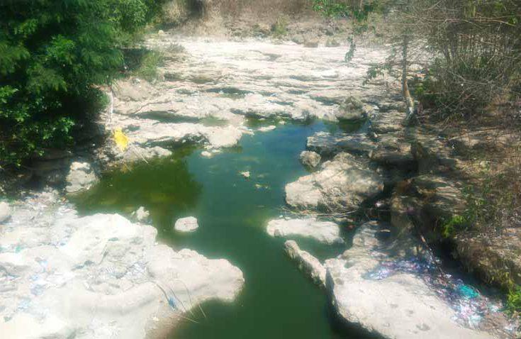 Bantuan Air Bersih untuk 67 Desa Terdampak Kekeringan di Sampang Diperpanjang