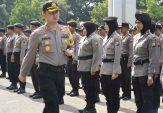 Ratusan Personel Gabungan Amankan Pelantikan Presiden RI di Pamekasan