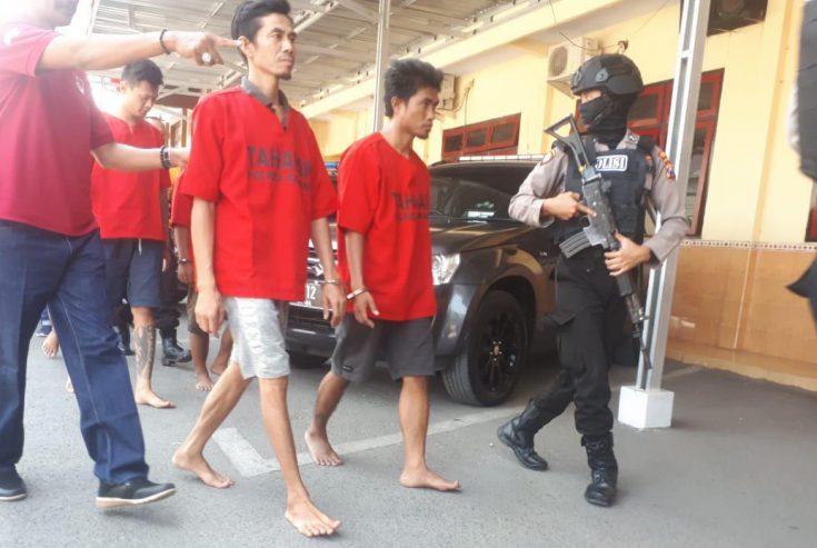 Simpan Sabu di Lemari, Dua Warga Sampang Diringkus Polisi