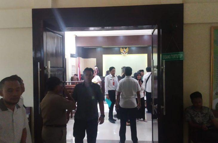 Sidang Kasus Guru Jewer Siswa di Sampang, Hoirul Anam: Menegur, Tidak Berniat Melukai