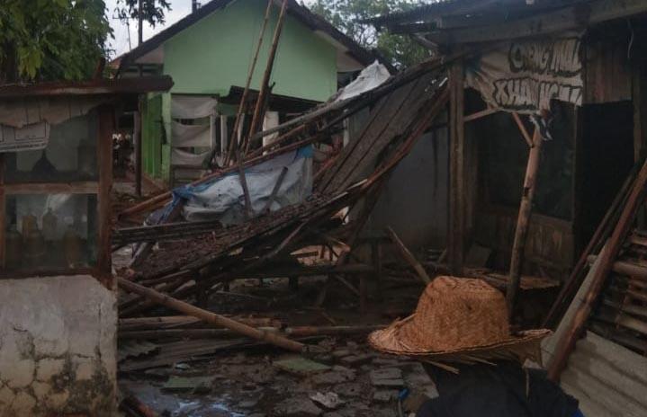 Dua Kecamatan di Sumenep Diterpa Angin Puting Beliung