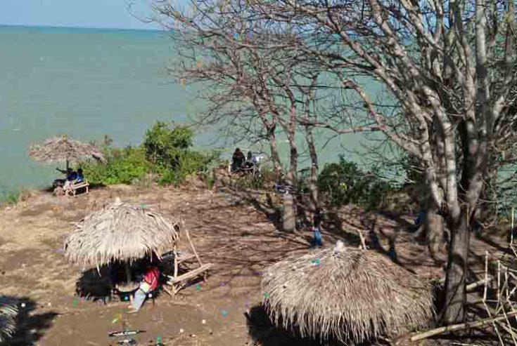 Investor Tak Tetarik Investasi di Pantai Jumiang Pamekasan