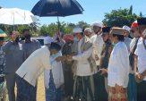 Kiai Ramdlan dan Kiai Hazmi Pasang Badan untuk Fauzi-Nyai Eva, Ikut Antar Ambil Nomor Urut ke KPU Sumenep