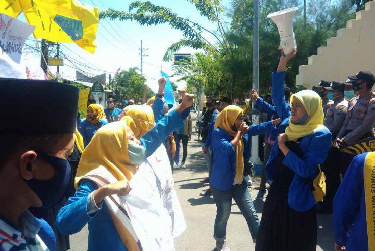 Terkesan Lelet Tuntaskan Kasus Pencabulan, PMII Demo Polres Sampang